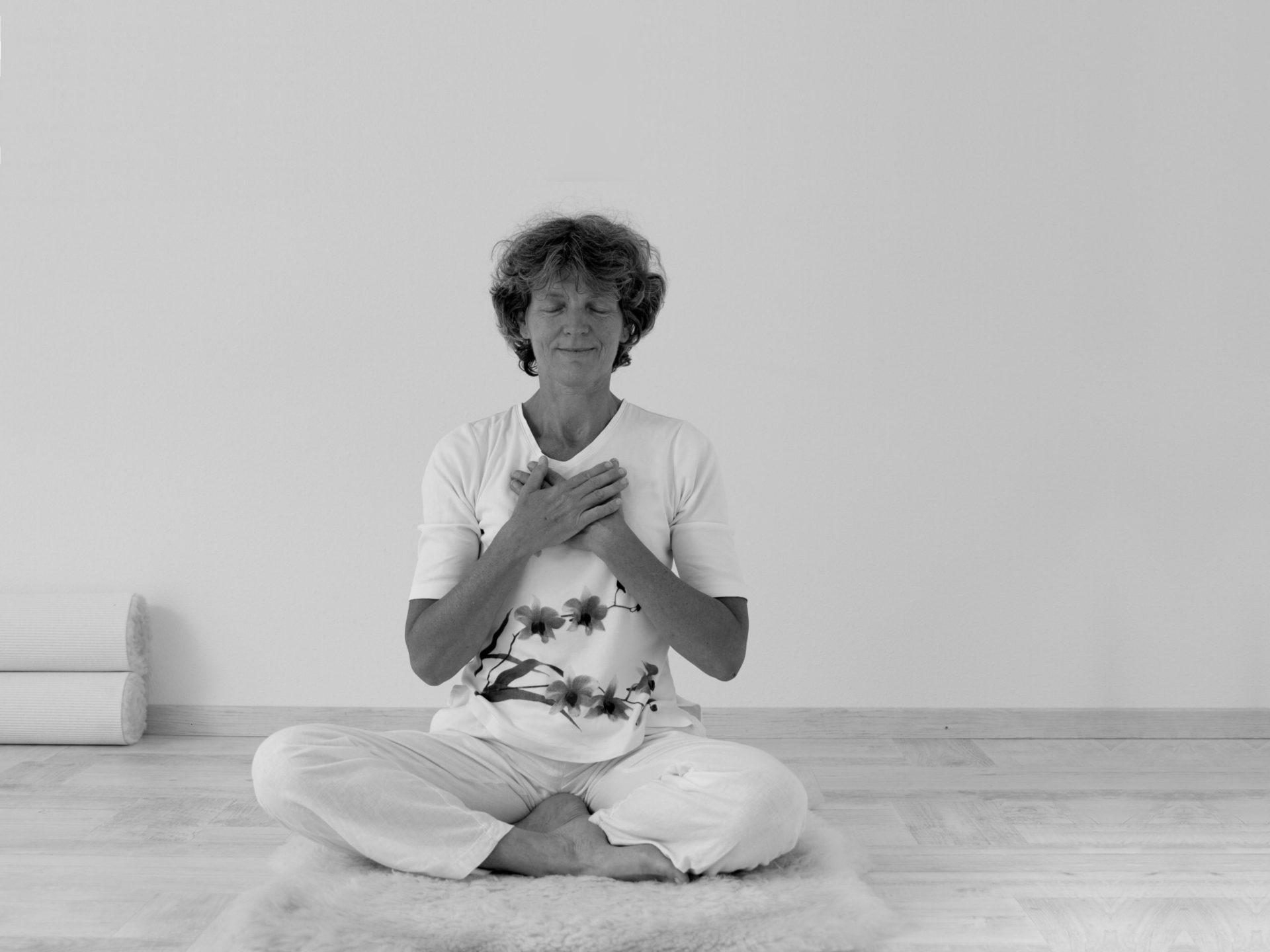 Kundalini Yoga op de mat Borne Online
